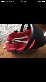 Maxi cosi car seat red
