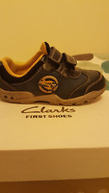 Boys clarks shoes - G5 1/2