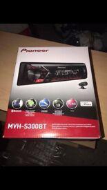 Pioneer MVH-S300BT car radio
