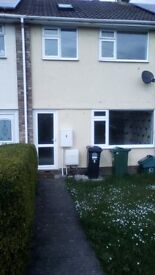 4 bed house in Clevedon. Immediately available, completely redecorated, new carpets. Pets considered