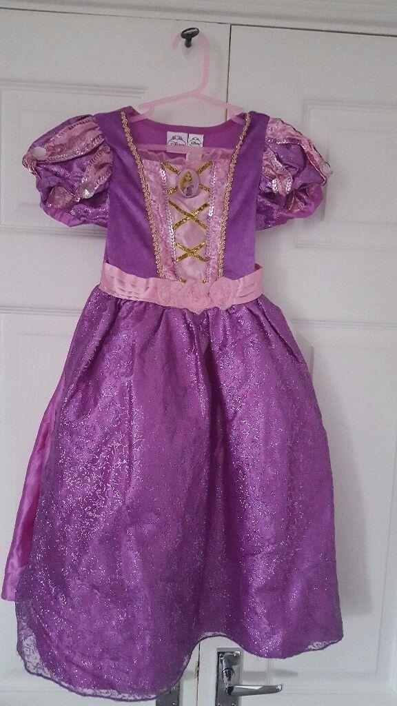 Disney princess & other dress up items