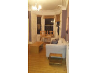 Furnished 2 bedroom flat in Inverleith