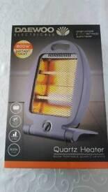 Daewoo 800w instant heater Brand New