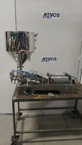 NEUVE - Remplisseuse pneumatique à piston semi-automatique pour liquide et pâte $1,500 à $ 3,350