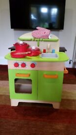 Kids wooden toy kitchen - good condition
