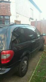 2006 Chrysler grand voyager Ltd edition stow & go. Low milage