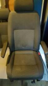 VW T5 captain seat+double