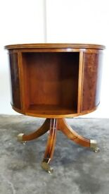 ANTIQUE REPRO REVOLVING BOOKCASE / BOOKSTAND / COFFEE TABLE ON WHEELS YEW COLOUR DELIVERY AVAILABLE