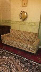 Double bedroom to let in Smethwick 65p.w