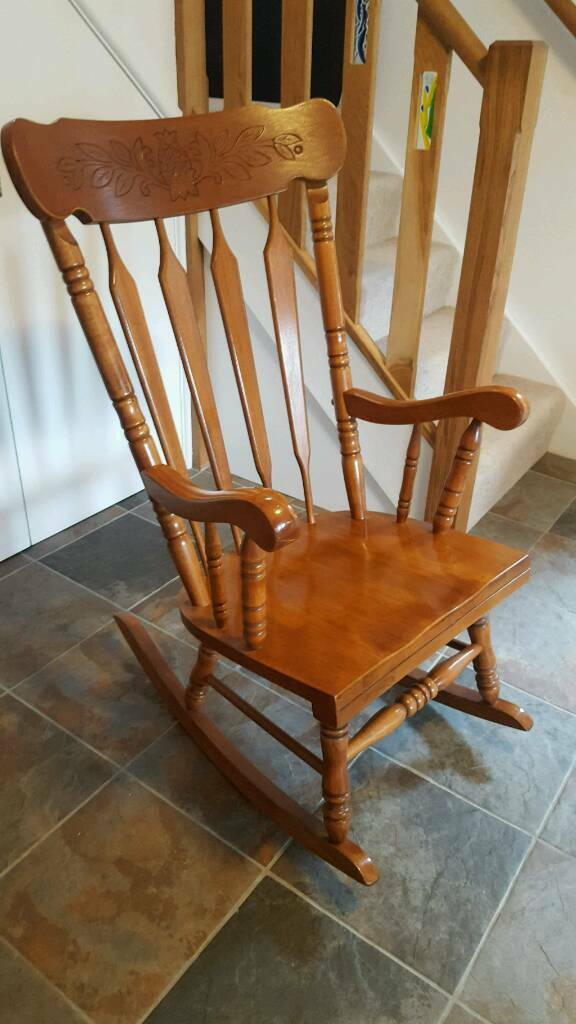Solid beach rocking chair