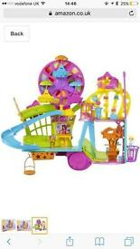 Polly Pocket Mall On a Wall