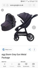 Egg pushchair