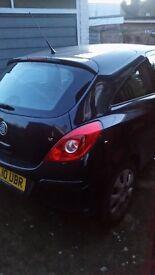 Vauxhall corsa 2010 3.Door black priced for quick sale.!! £1,800 ono