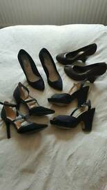 Ladies shoes size 5. X 4 pairs
