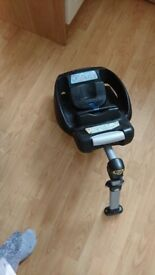 £45 ono. You Maxi cosi easyfix isofix base