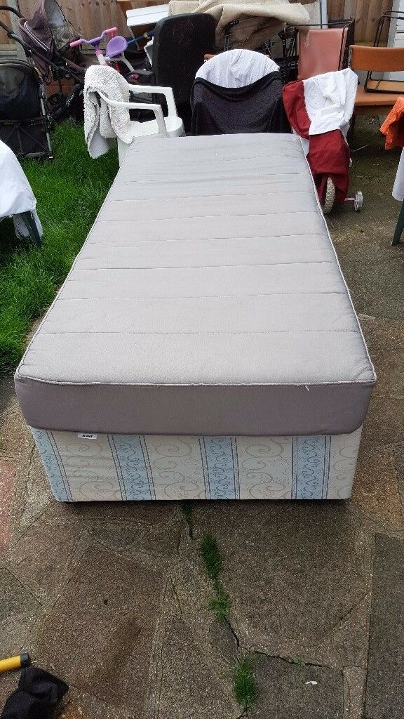 Single bed and mattress for £15 - used but good condition - collection only