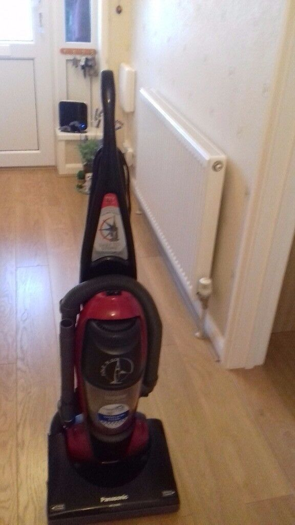 Upright Panasonic hoover very good condition handle folds down so easy to store away.