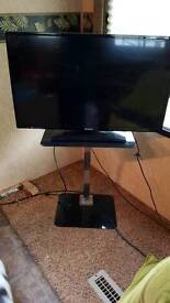"32"" Samsung TV for sale"