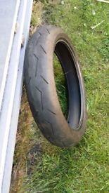 Motor Bike Front Tubeless Tyre - Pirelli Diablo Rosso II 120/70 ZR17 TL (58W)