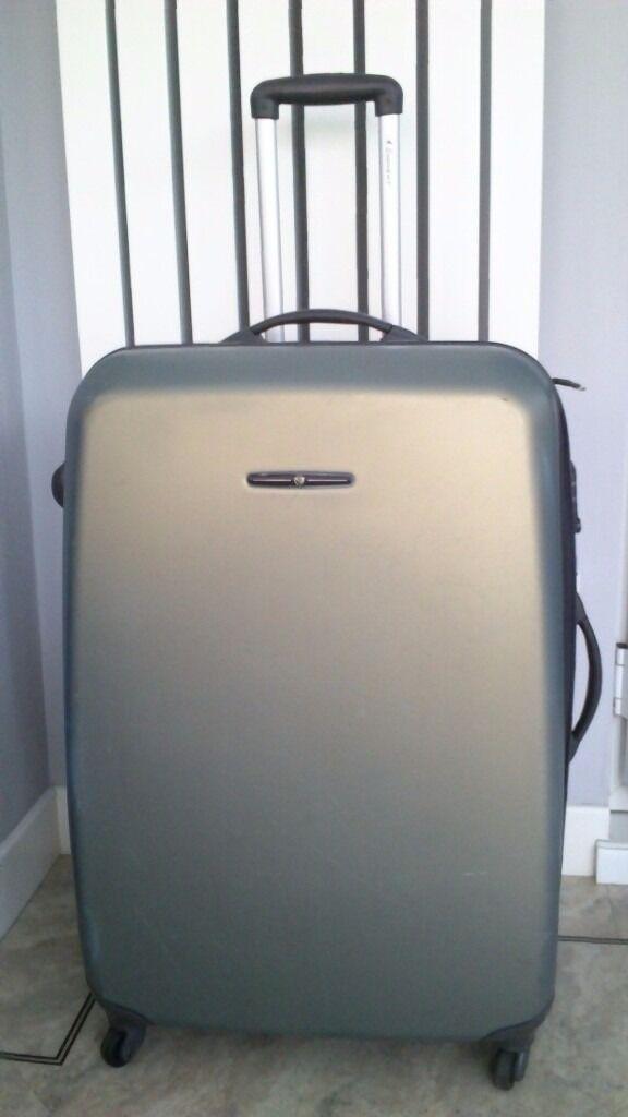 Grey Extra Large Eminent Hard Shell 4 Wheeled Spinner Suitcase ...