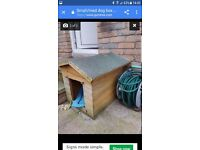 Small outside dog box. Just needs lick of paint. Completely leak proof