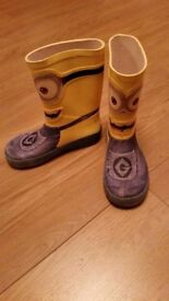 Minnions wellington boots