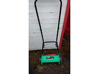 Push lawnmower - non motorised!