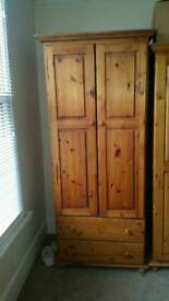 Wardrobe with 2 pull out drawers