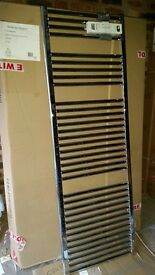 Chrome straight towel rail radiator