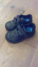 Clarks boys school shoes 8.5f
