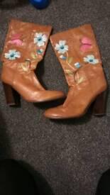 Kurt Geiger brown boots size 6
