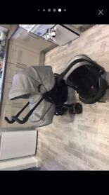 Almost new silver cross 3D pram comes with car seat and changing bag only used for 4 weeks