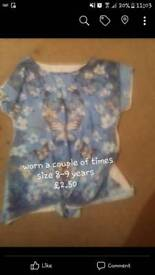Girls butterfly top size 8-9 years