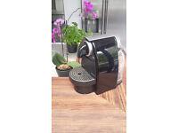 Nespresso coffee machinne in mint condition, as new