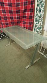 Glass sturdy desk