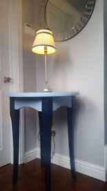 Side / Lamp / Hall table in Solid wood