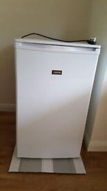 Zanussi Freestanding 50cm White Larder Fridge