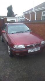 1998 Vauxhall Astra 1.6 . Great Runner.