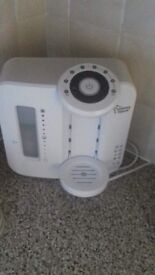 "Tommee Tippee ""Perfect Prep"" Machine"