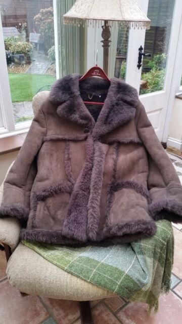 Men's Genuine Baileys Sheepskin Coat, size 42, Beautiful Condition ...