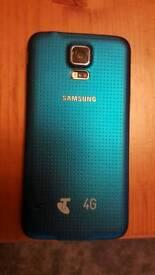 Samsung S5 In Blue Unlocked