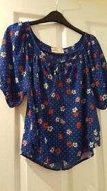 Hollister top (small)