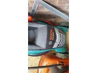 Bosch Rotak 400 Corded Lawn Mower