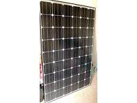 Hyundai HiS-S218MF Mono-Crystaline 220W 24V solar panel - In excellent condition