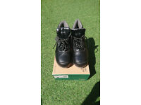 Safety Boots CLICK, UK size 9
