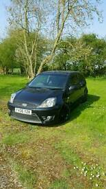 FORD FIESTA ST 2.0L 2006 VERY LOW MILES