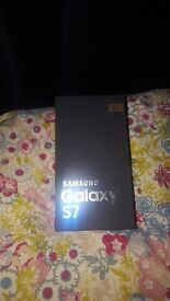 Samsung Galaxy S7 (Sealed & Unlocked)