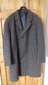 "Men's Vintage Scottish Tweed Coat 50"" chest, great condition"