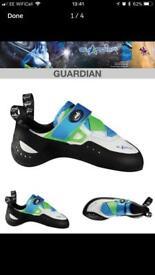 EB Guardian Climbing Shoes