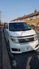 Nissan Elgrand Highway Star 3.5i 2002 Auto 8 seaters